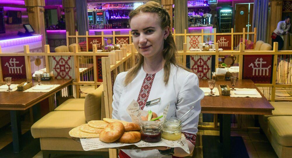 Waitress fromof Saransk's Mordovskoye Podvorye Restaurant