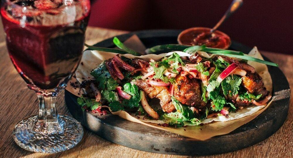 5642 Vysota's stewed beef ribs