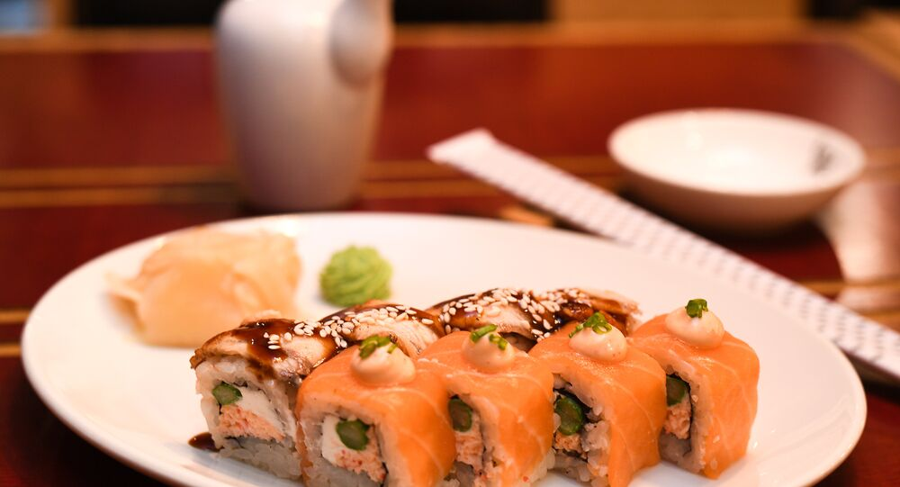 Rice's Salmon and eel duo roll