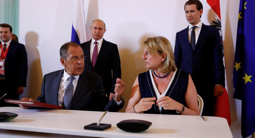 Russia's Foreign Minister Sergei Lavrov and Austria's Foreign Minister Karin Kneissl sign contracts in Vienna, Austria June 5, 2018
