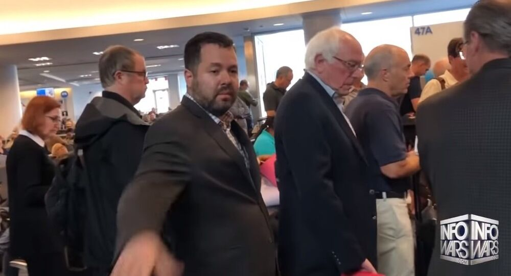 Bernie Sanders Run From Alex Jones At LAX Airport