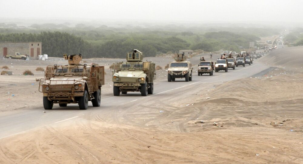 A column of Yemeni pro-government forces and armoured vehicles arrives in al-Durayhimi district, about nine kilometres south of Hodeidah international airport on June 13, 2018