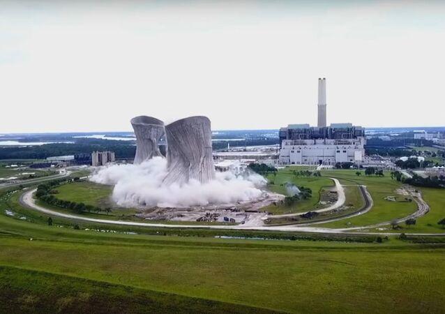 Jacksonville Northside (JEA) Power Plant implosion - Full drone video (Mavic Pro)