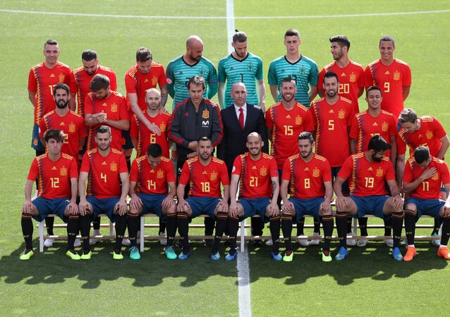 Soccer Football - FIFA World Cup - Spain Squad Official Team Photo - Madrid, Spain - June 5, 2018 The Spain squad pose for a team photo