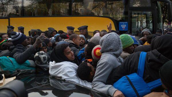 Refugee camp in Paris - Sputnik International