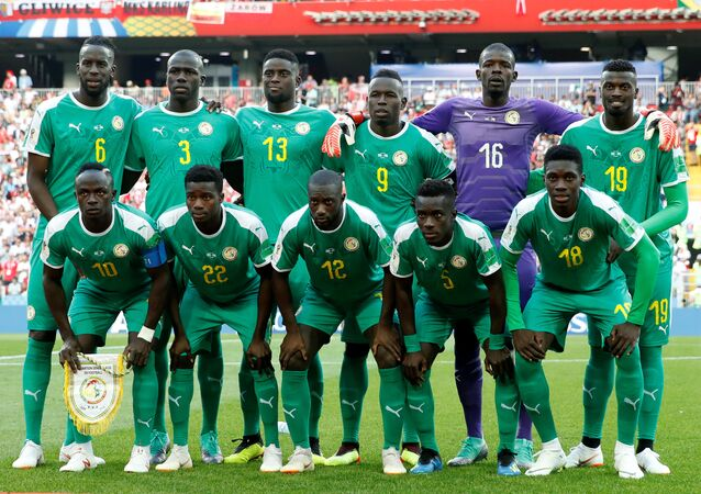 Soccer Football - World Cup - Group H - Poland vs Senegal - Spartak Stadium, Moscow, Russia - June 19, 2018 Senegal players pose for a team group photo before the match