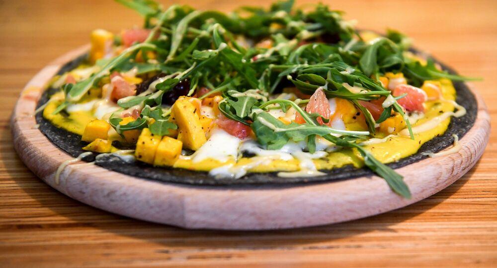 Ukrop's Black pizza