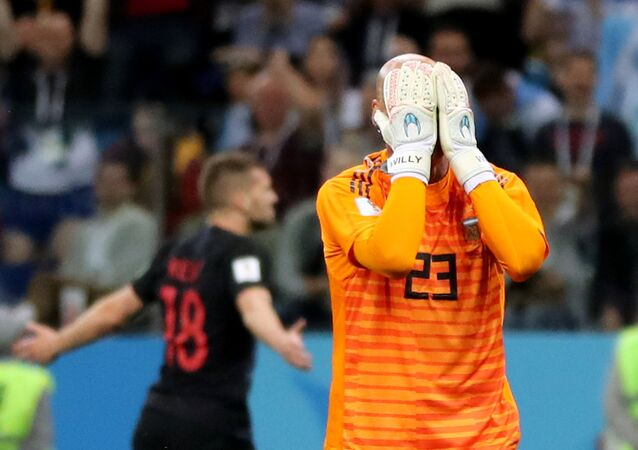 World Cup - Group D - Argentina vs Croatia - Nizhny Novgorod Stadium, Nizhny Novgorod, Russia - June 21, 2018 Argentina's Willy Caballero looks dejected after Croatia's Ante Rebic scored their first goal