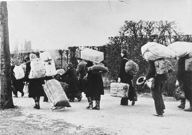 Refugees moving westwards in 1945