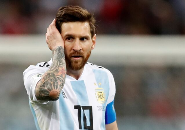 Soccer Football - World Cup - Group D - Argentina vs Croatia - Nizhny Novgorod Stadium, Nizhny Novgorod, Russia - June 21, 2018 Argentina's Lionel Messi looks dejected after the match
