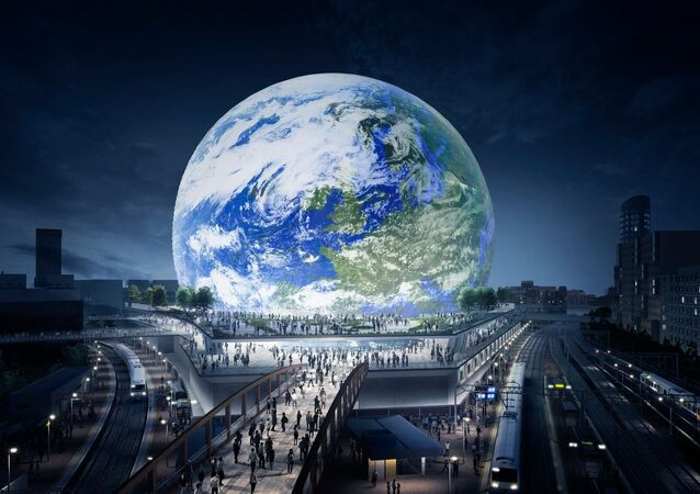 The MSG Sphere will be covered with LED screens on the outside, allowing artists to make extraordinary light shows