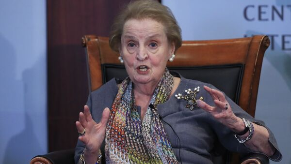 Former U.S. Secretary of State Madeleine Albright speaks about the current situation in the Korean penisula and northeast Asia at a forum in Washington, Monday, Sept. 25, 2017 - Sputnik International