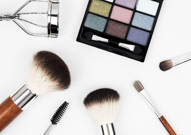 Make-up tools