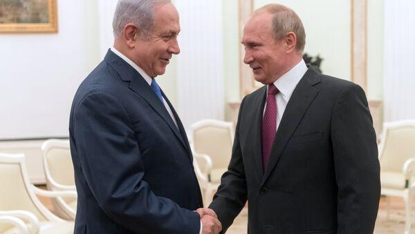 July 11, 2018. Russian President Vladimir Putin and Israeli Prime Minister Benjamin Netanyahu, left, during their meeting - Sputnik International