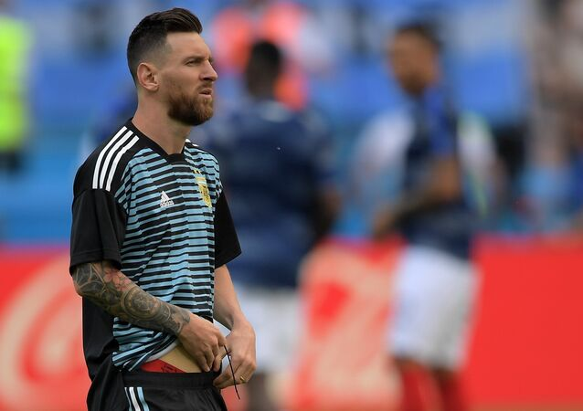 Lionel Messi (Argentina) on warm-up before the match 1/8 finals of the FIFA World Cup between French and Argentina national teams