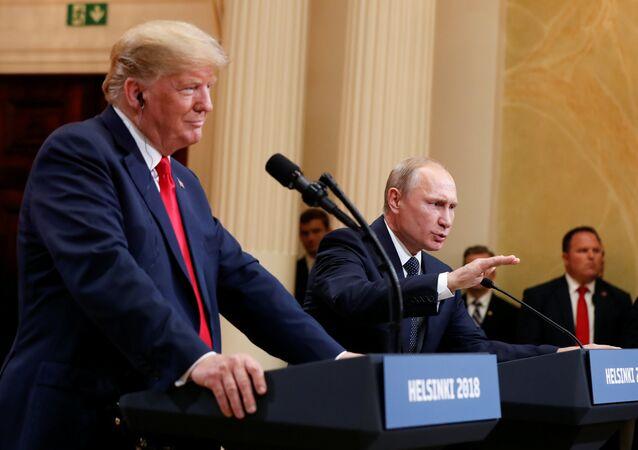 El presidente de Estados Unidos, Donald Trump, durante la reunión con su homólogo ruso, Vladímir Putin
