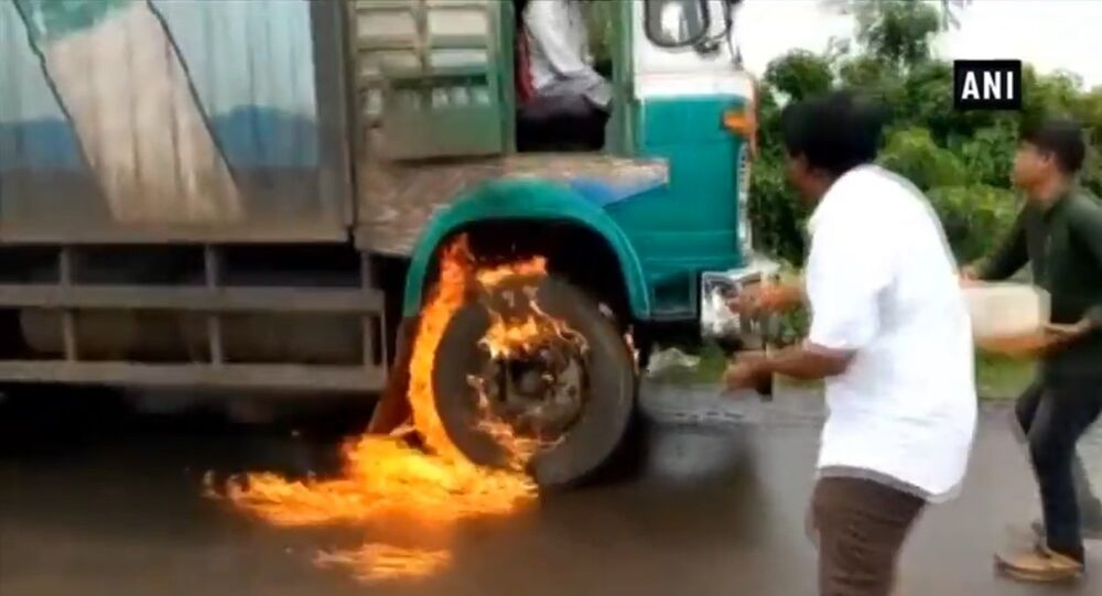 Swabhimani Shetkari Sanghtana workers torch milk truck
