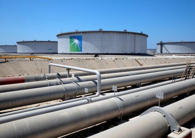 General view of Aramco tanks and oil pipe at Saudi Aramco's Ras Tanura oil refinery and oil terminal in Saudi Arabia May 21, 2018