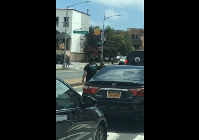 Road rage fight in New York City' Brooklyn ends with man smashed between cars