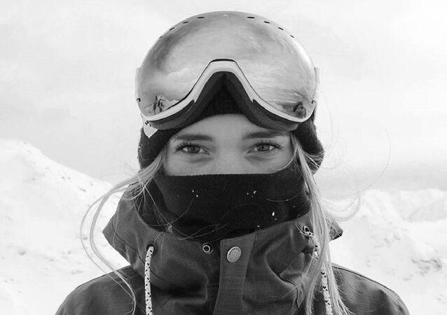 Ellie Soutter-GB Snowboarder