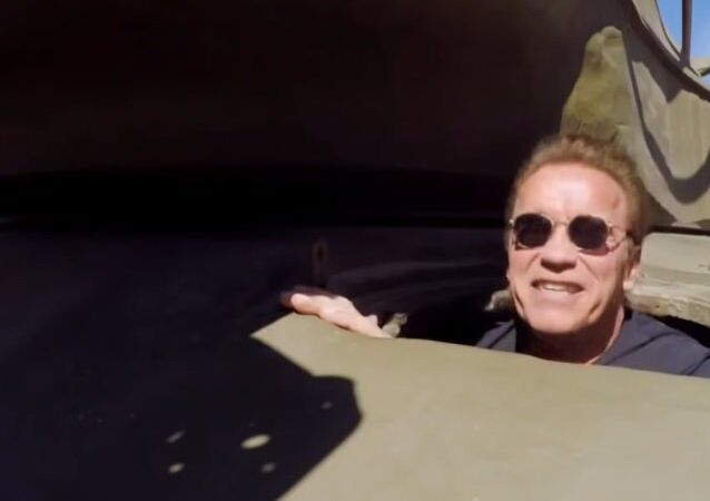 Jay Leno And Arnold Schwarzenegger Crush A Limo In A Tank