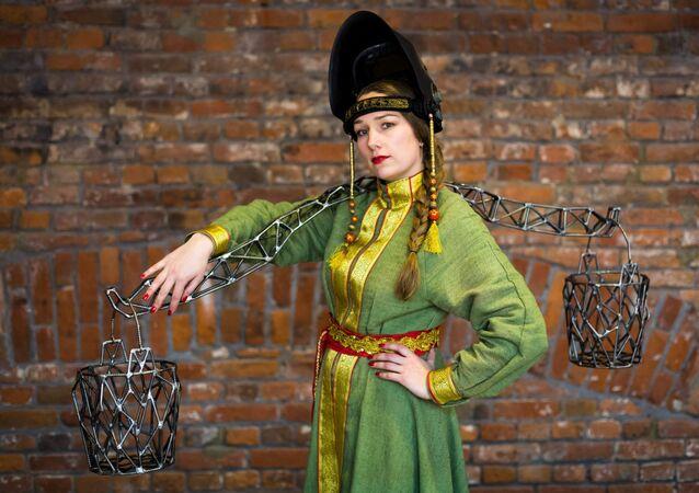 Russian 'Weld Queen' Alexandra Ivleva