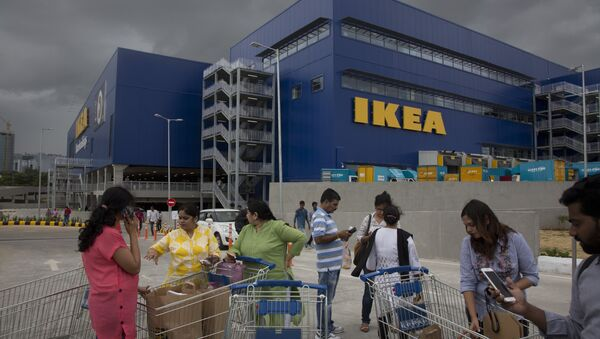 Indian customers stand outside IKEA's first store in India as it opened in Hyderabad, India, Thursday, Aug.9, 2018 - Sputnik International