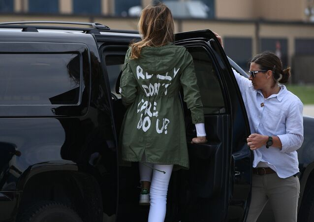 US First Lady Melania Trump departs Andrews Air Rorce Base in Maryland June 21, 2018 wearing a jacket emblazoned with the words I really don't care, do you? following her surprise visit with child migrants on the US-Mexico border