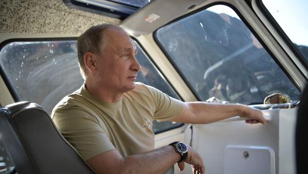 26 August, 2018. Russian President Vladimir Putin during his vacation in the Republic of Tyva - Sputnik International