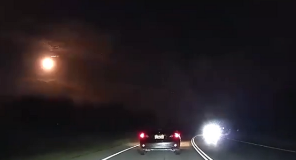 Meteor lights up Western Australian skies, rattling homes with sonic boom