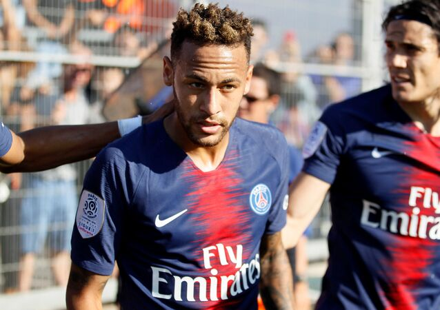 Soccer Football - Ligue 1 - Nimes Olympique vs Paris St Germain - Stade des Costieres, Nimes, France - September 1, 2018 Paris St Germain's Neymar celebrates scoring their first goal