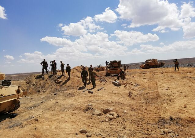 Syrian Army carrying out offensive in the Tulul al-Safa area in country's south.