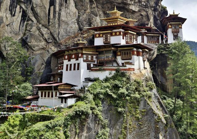 No Neighbors Allowed: World's Most Extreme and Isolated Places to Live
