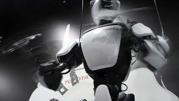 A Japanese-built human-controlled robot. Japan leads the world in robotics development. - Sputnik International