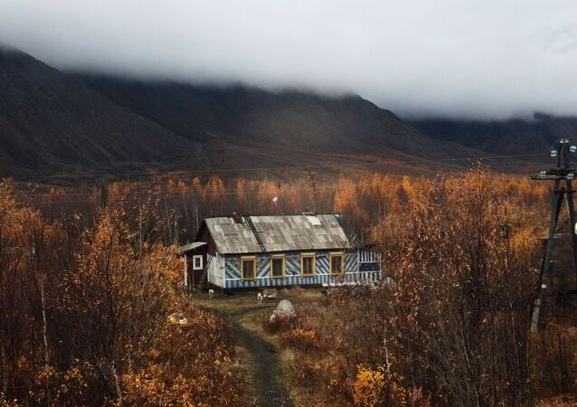 Code Red: Breathtaking Views of Autumn in Russia