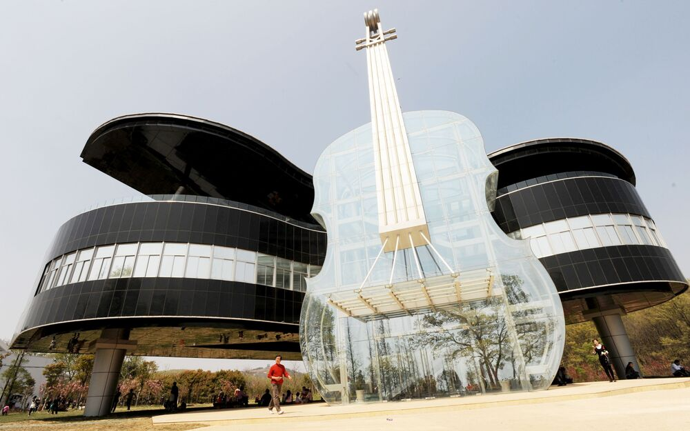 World Architecture Day: Dancing House and Violin Building Spark Amazement