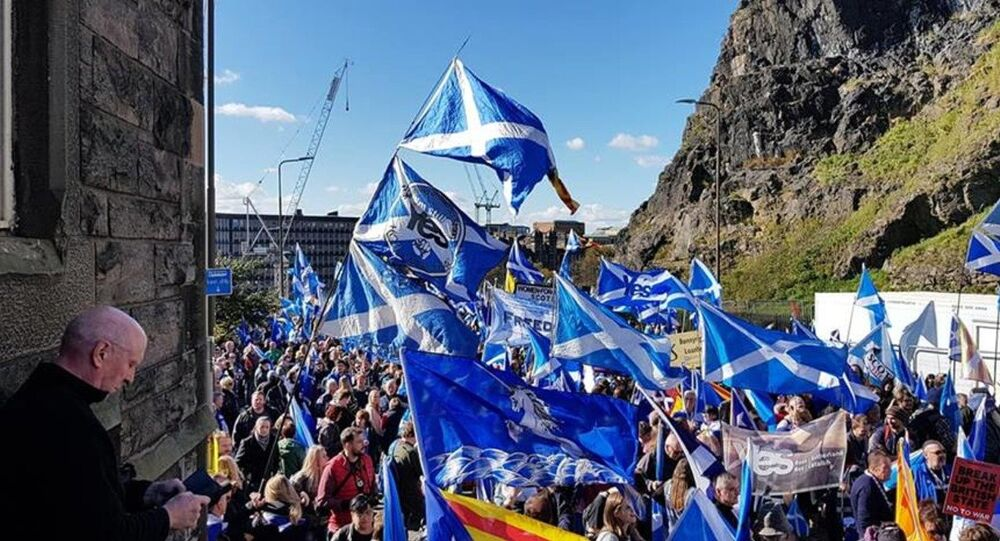 March for Scottish independence in Edinburgh