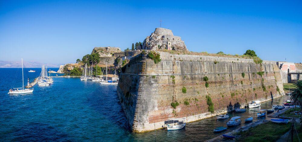 Ten Amazing Mediterranean Cities Slowly Sinking Into the Ocean Deep