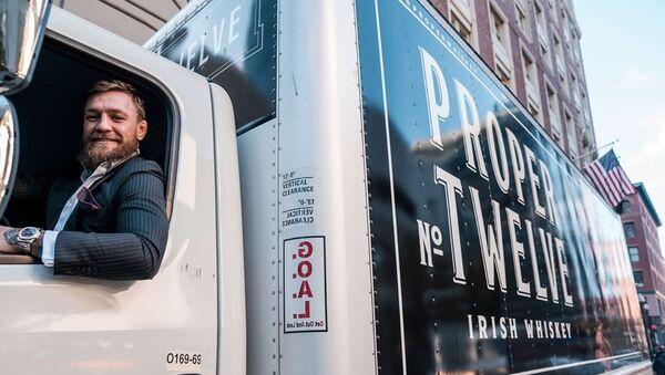 Conor McGregor delivers his own whiskey Proper No. Twelve - Sputnik International