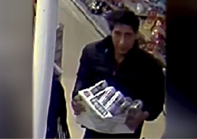 Blackpool Police release a photo of a suspect who looks a lot like American actor David Schwimmer