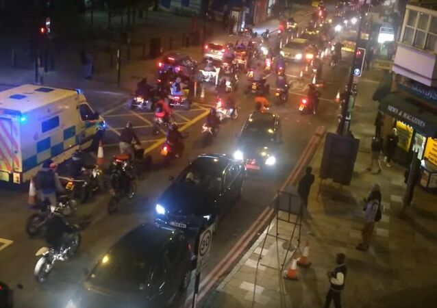 Mass motorcycle ride in London – Halloween 2015