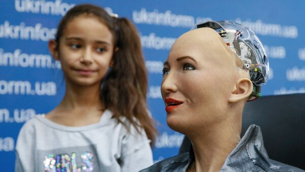 Hanson Robotics' latest and most advanced robot Sophia attends a news conference after a meeting with young inventors and officials in Kiev, Ukraine October 11, 2018 - Sputnik International