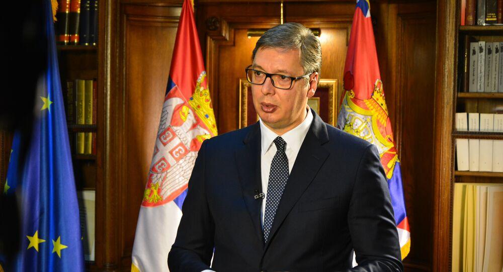 Председник Србије Александар Вучић у свом кабинету на Андрићевом венцу