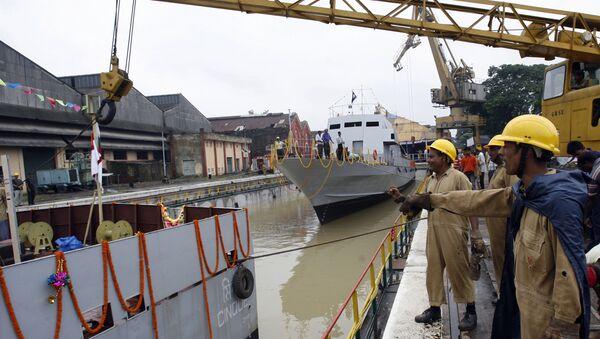 Indan workers of Garden Reach Shipbuilders and Engineers Limited (File) - Sputnik International
