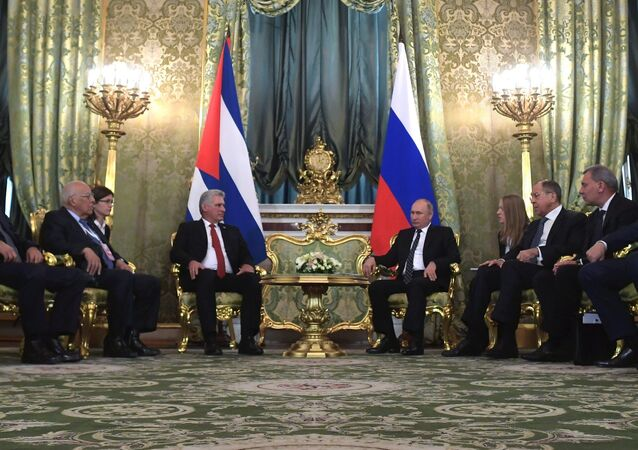 Cuban President Miguel Diaz-Canel and Russian President Vladimir Putin.