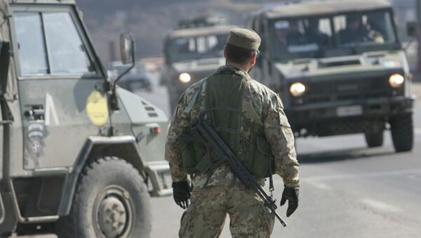 Checkpoint outside Pristina - Sputnik International