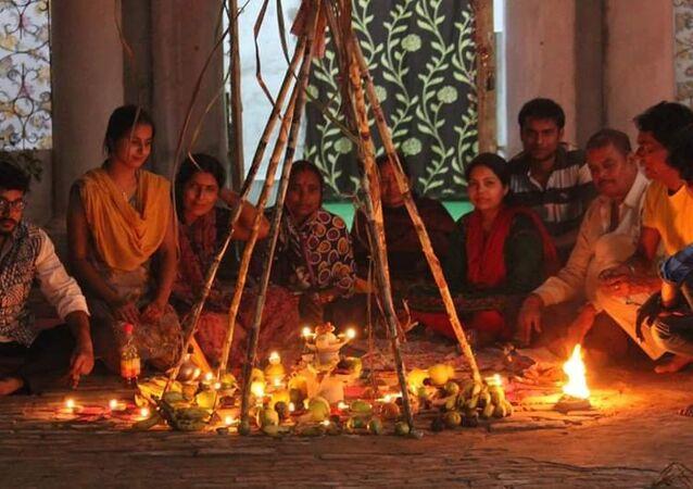 India Celebrates 'Chhath Puja' Symbolizing Harmony of Humans with Nature