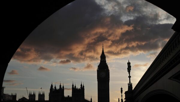 A silhouette of the Houses of Parliament and Elizabeth Tower containing Big Ben, center, at dusk, in Westminster, London - Sputnik International