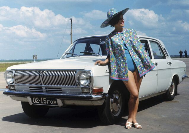 There Was Sex in USSR: Soviet Car Advertising