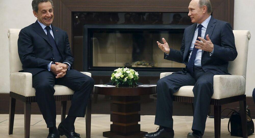 Vladimir Putin and Nicolas Sarkozy